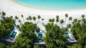 1950767986OneAndOnly_ReethiRah_Accommodation_BeachVillasWithPool_Aerial-2_MR (Copy)