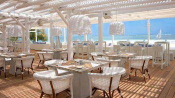 Beach Rouge Restaurant