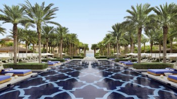 OneAndOnly_ThePalm_PoolsAndBeaches_Pools_Pool2_HR (Copy)