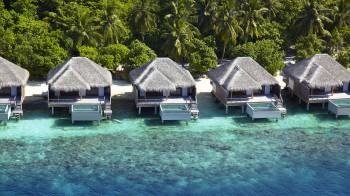 Lagoon Villas with Pool