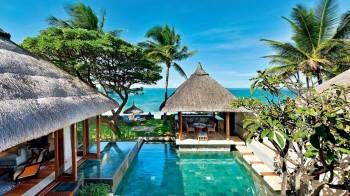 Pool Villa Beachfront