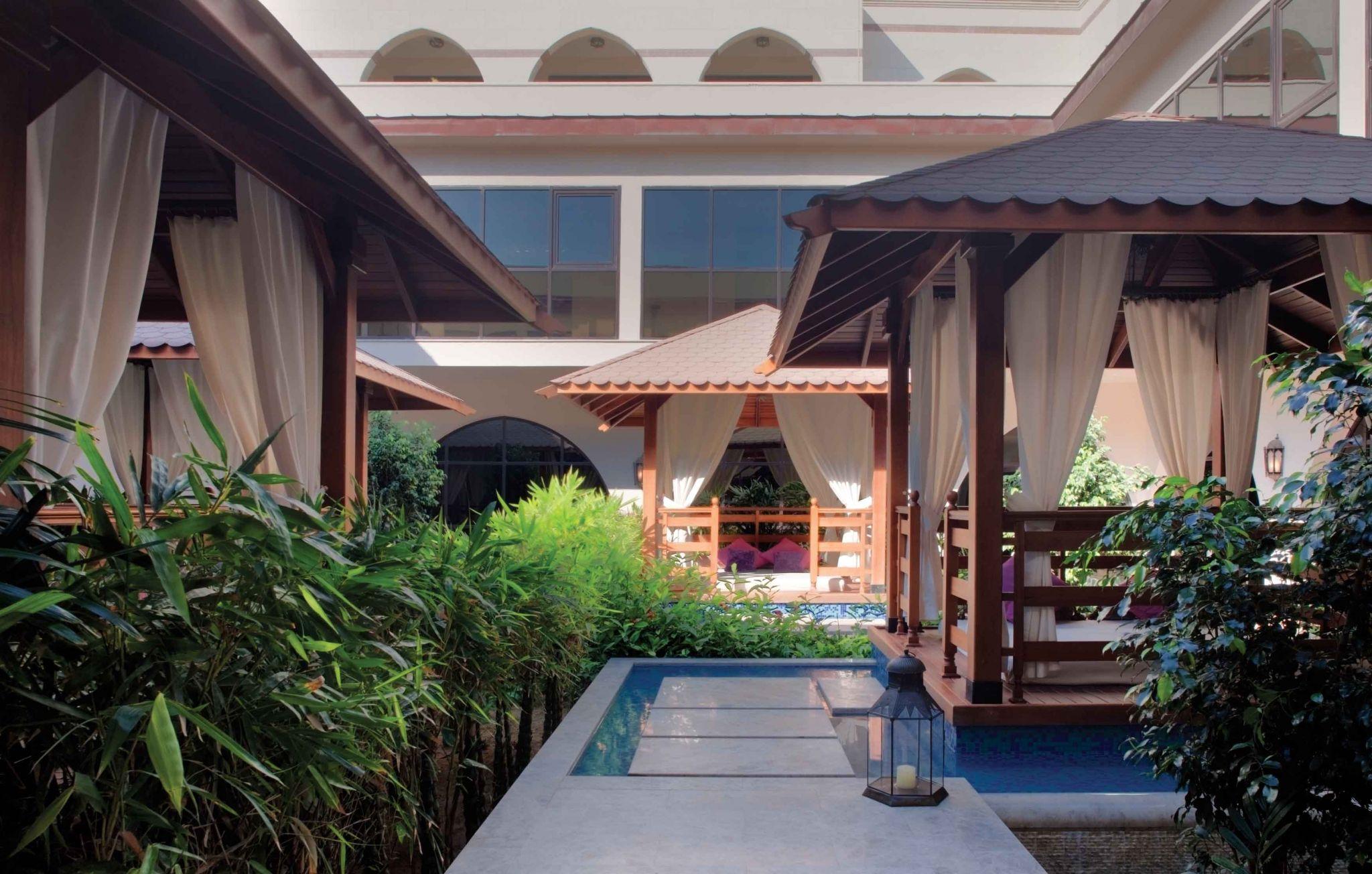 Thai massage Kruså avenue Theatre
