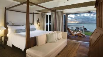 Beachfront St Regis Suite
