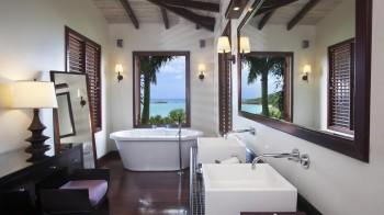 Hillside Pool Suite