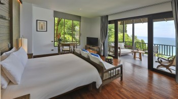 Bayfront Deluxe Room