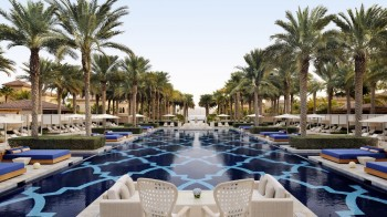 the_palm_dubai_pool_beach_resort_14_05_2015_7210